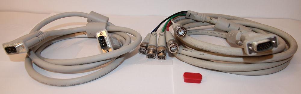 Lot 2 câbles vidéo 4 Cagnes-sur-Mer (06)