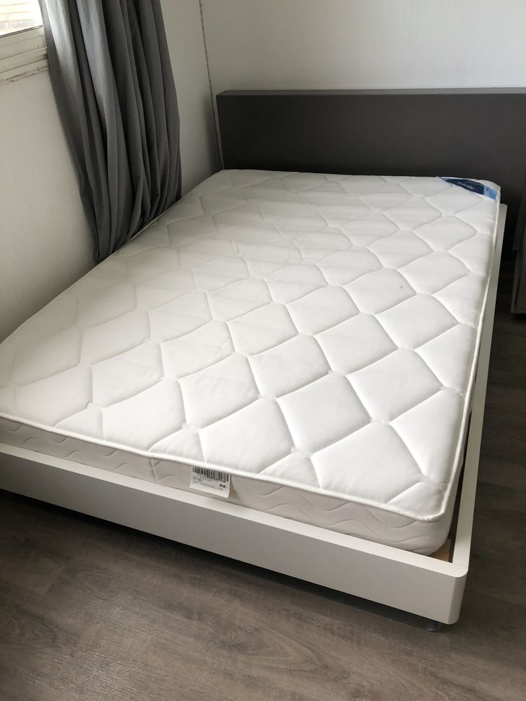 Cadre de lit + sommier 140 x 190 120 Champs-sur-Marne (77)