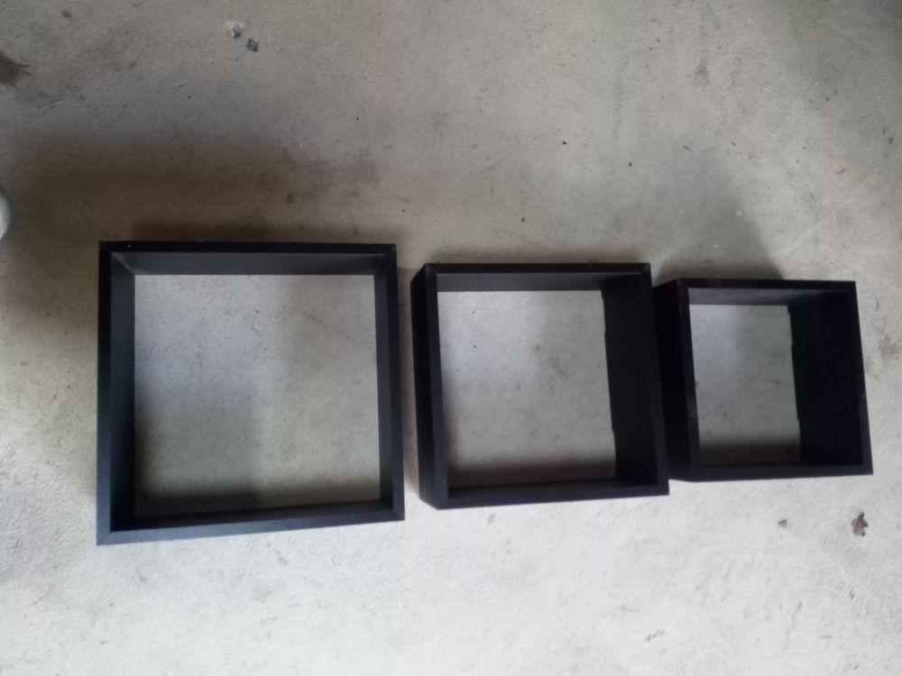 cadres en bois noir Décoration