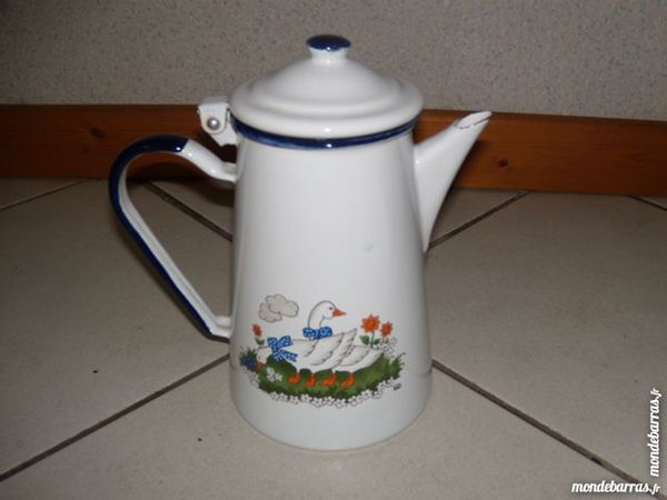 CAFETIERE EMAILLEE 5 Farges (01)
