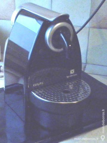 Cafetière NESPRESSO-KRUPS 45 Fresnes (94)