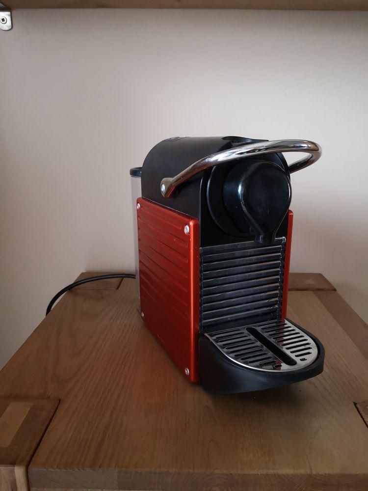cafetière nespresso 90 La Queue-en-Brie (94)