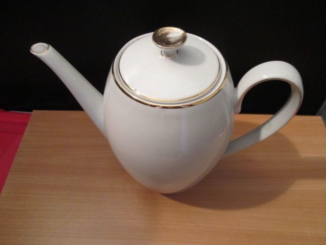 Cafetière en porcelaine bavaroise 10 Herblay (95)