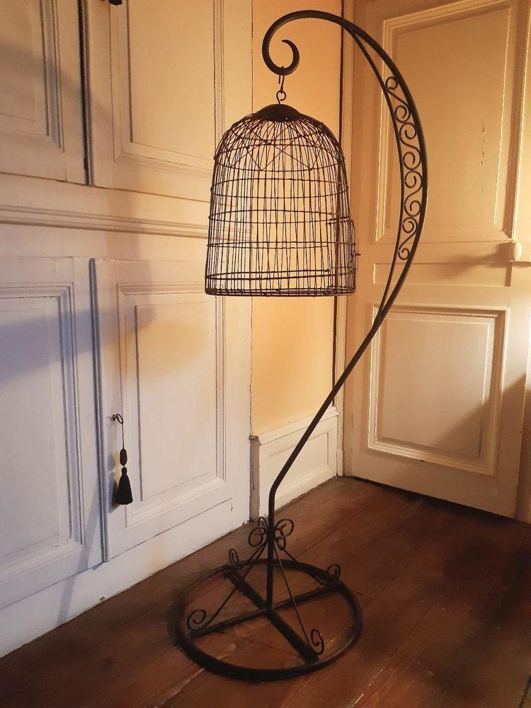 cage à oiseaux sur pied  80 Vesoul (70)