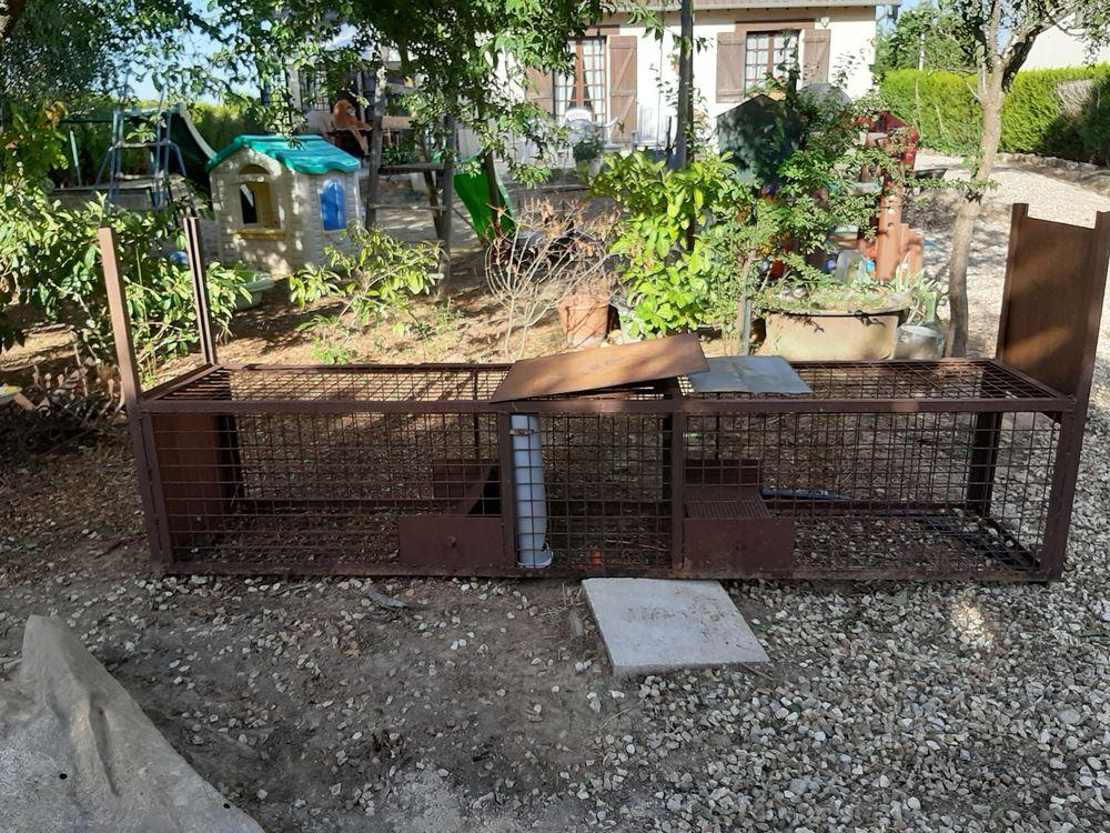 Cage 195 Saulnières (28)