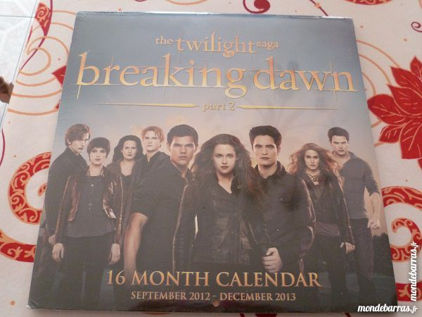 calendrier twilight n°2 cullen jacob film goodies 3 Fèves (57)