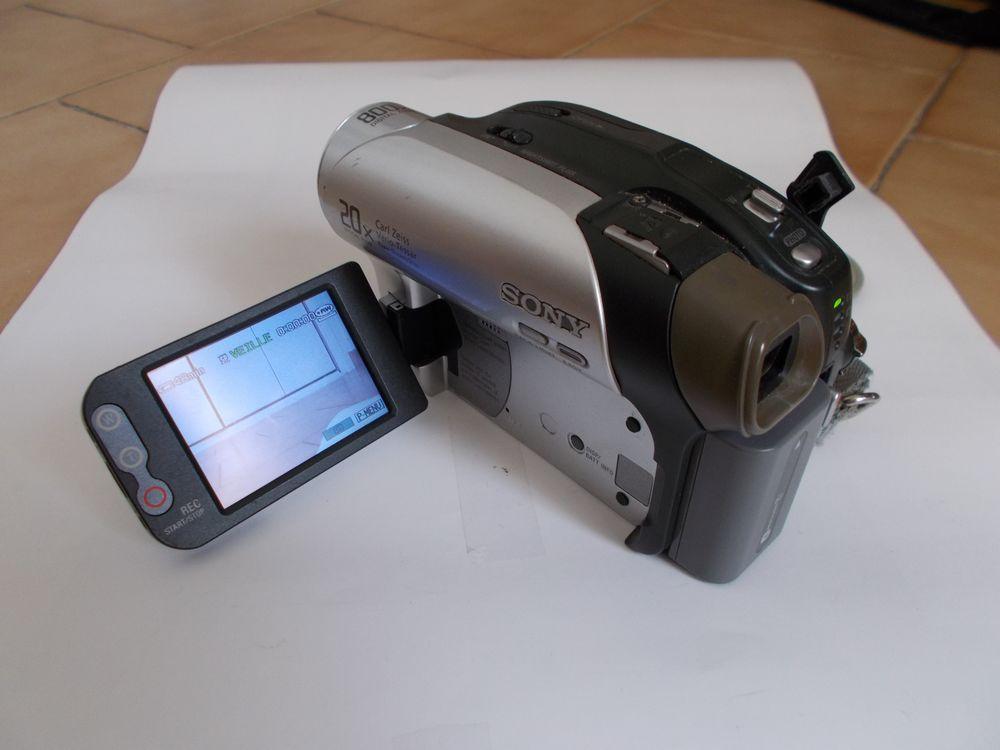 Caméra caméscope Sony numérique Handycam DCR-DVD 92E 80 Cuges-les-Pins (13)
