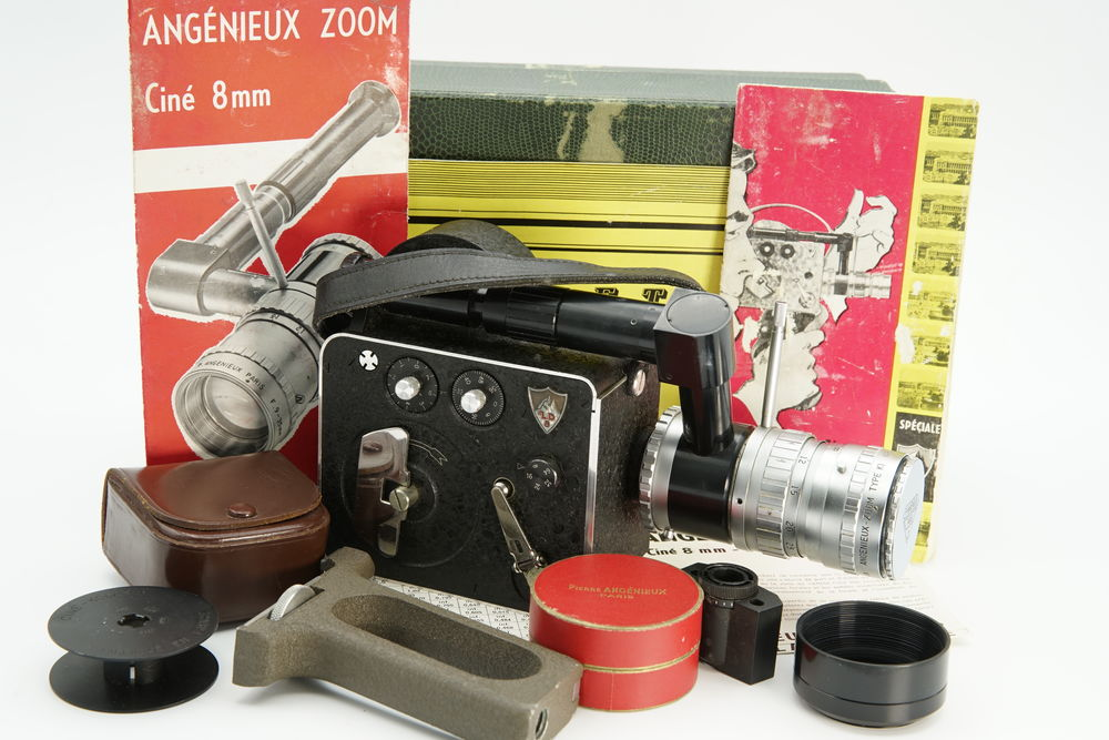 Camera 8mm Lévêque LD8 Angenieux type K1 9-36mm modele zoom  220 Vincennes (94)