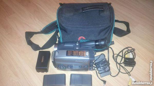 camescope VHS JVC GR-AX98S 35 Gardanne (13)