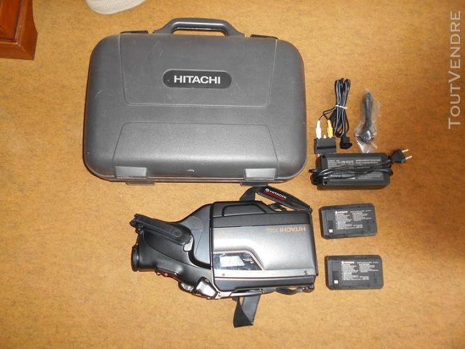 Camescope VHS HITACHI VN-2500S  A REVISER 50 Versailles (78)