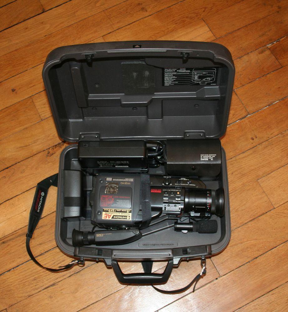 Camescope Hitachi C525 AE 70 Paris 13 (75)