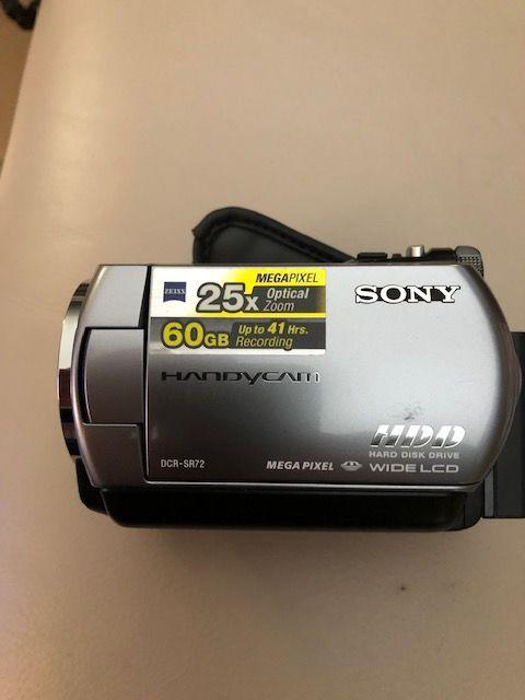 Caméscope Sony Handicam DCR-SR72E 120 Gignac-la-Nerthe (13)