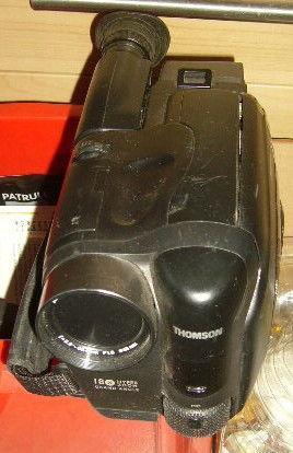 camescope VHS-C THomson VM740E piéces ou à réparer 10 Versailles (78)