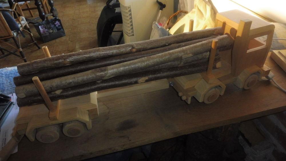 camion en bois fait la main 120 Boudreville (21)