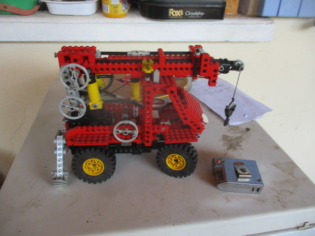 camion grue lego technic avec notice 50 Meynes (30)
