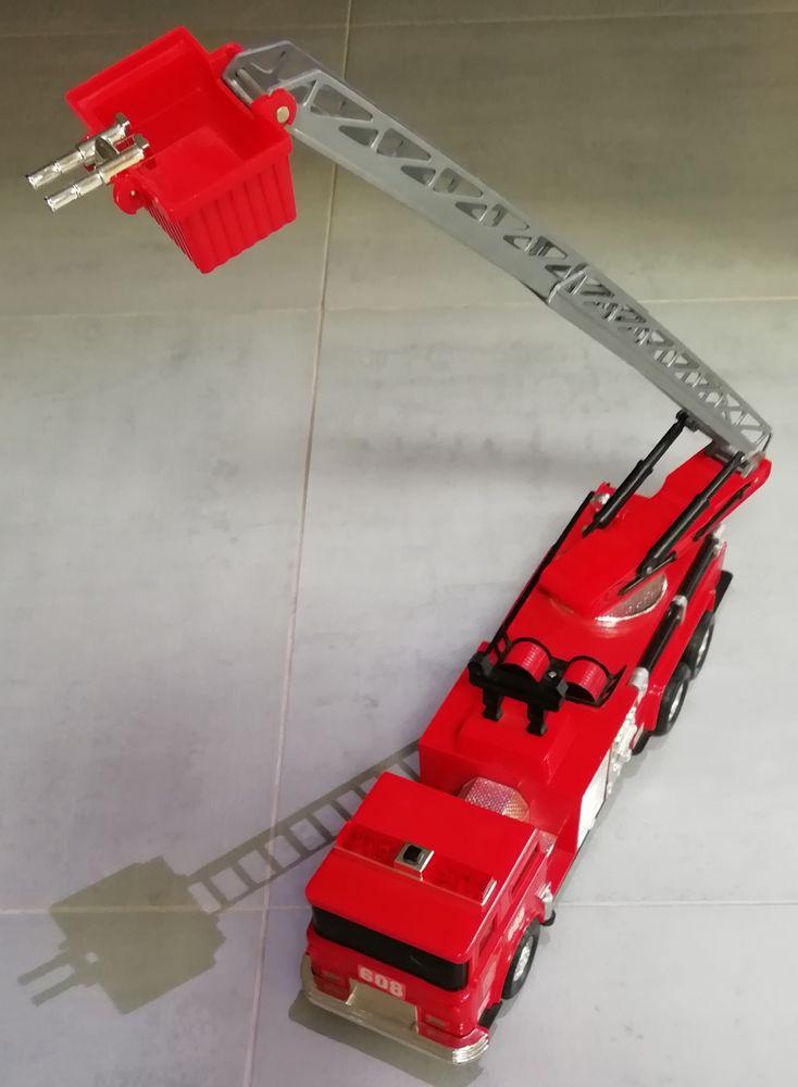 Camion de pompier Jeux / jouets