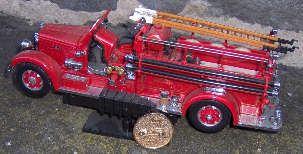 Camion pompiers avec grande échelle & accessoires 60 Clermont-Ferrand (63)
