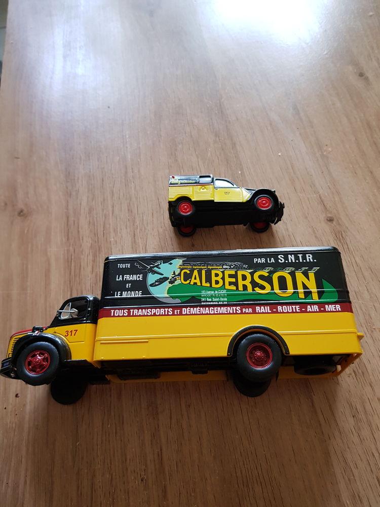 lot d un camion porteur de chez calberson et une voiture 2cv 30 Mérignac (33)