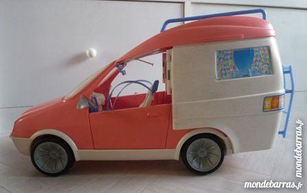 poup es barbie occasion annonces achat et vente de poup es barbie paruvendu mondebarras page 19. Black Bedroom Furniture Sets. Home Design Ideas