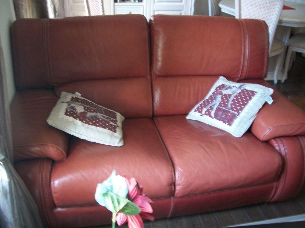 canapé 2places et 1 fauteuil Meubles
