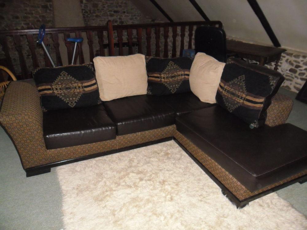 Canapé d'angle avec méridienne 250 Lannion (22)