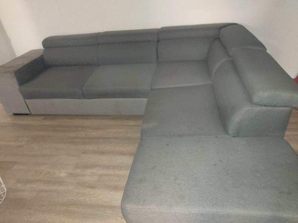 Canapé d'angle avec deux pouf 300 Mérignac (33)