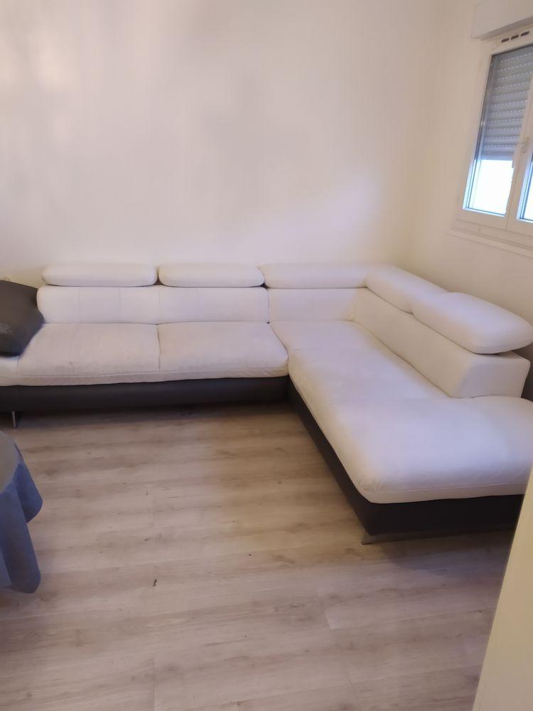 canapé d'angle bicolore à rénover / déménagement 135 Nanterre (92)