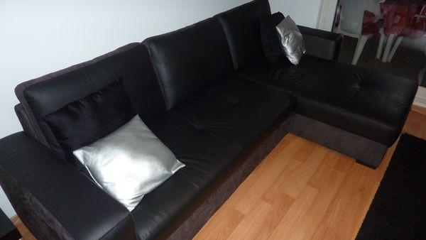 Canapé d'angle convertible bi matière en cuir noir 700 Strasbourg (67)