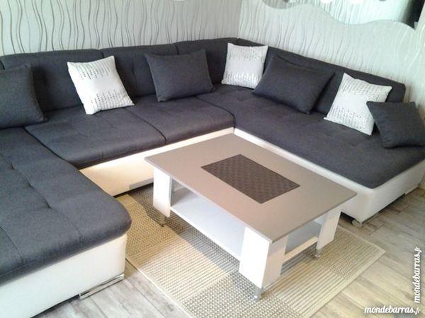 canap s en cuir occasion dans le morbihan 56 annonces achat et vente de canap s en cuir. Black Bedroom Furniture Sets. Home Design Ideas