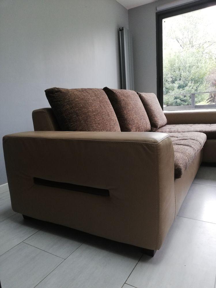 Canapé d'angle en cuir et tissu  Modulable en canapé lit 450 Auvers-sur-Oise (95)