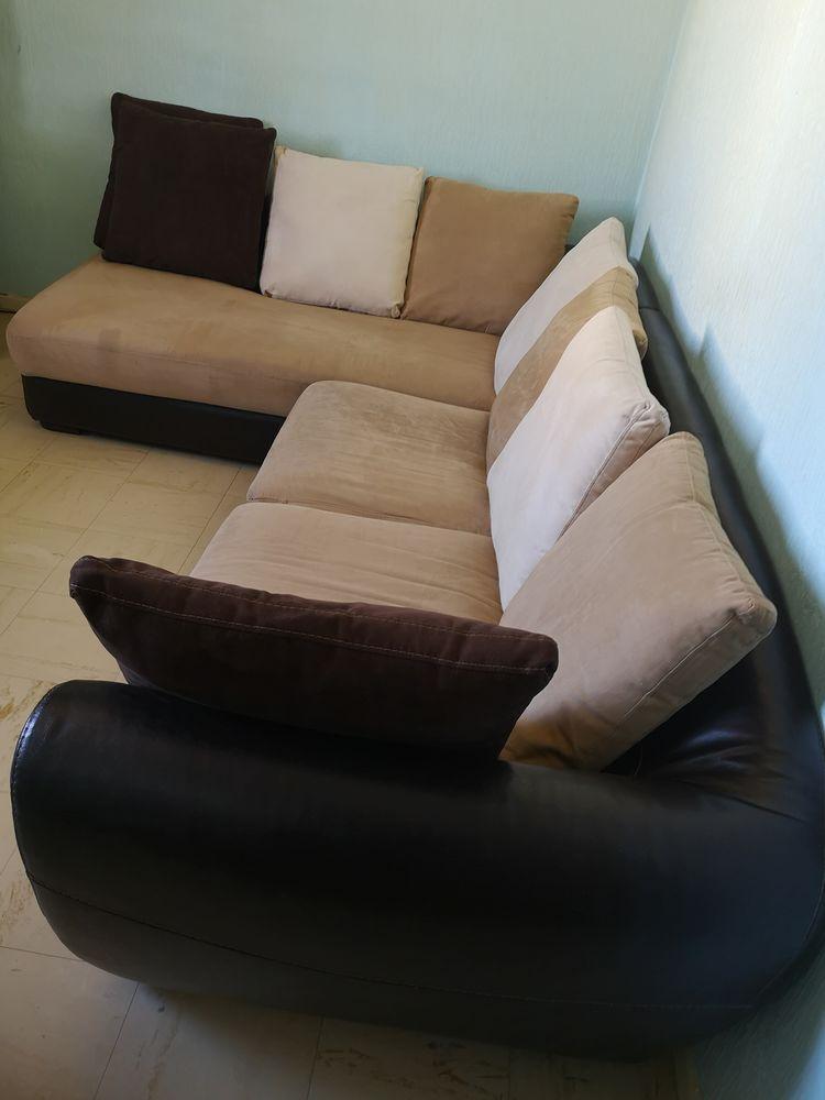 Canapé d'angle en cuir  700 Brignais (69)