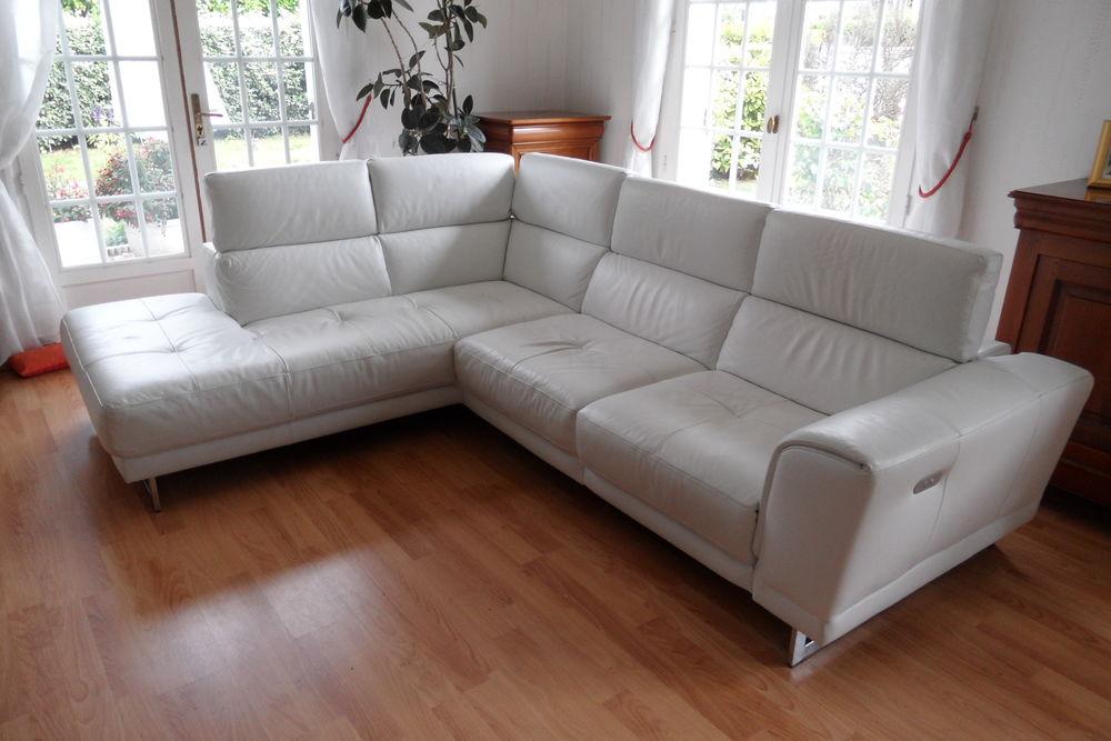 Canapé d'angle cuir SAHARA 1850 Orvault (44)