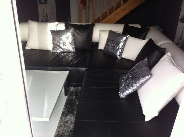 canap s blanc occasion saint tienne de montluc 44 annonces achat et vente de canap s blanc. Black Bedroom Furniture Sets. Home Design Ideas