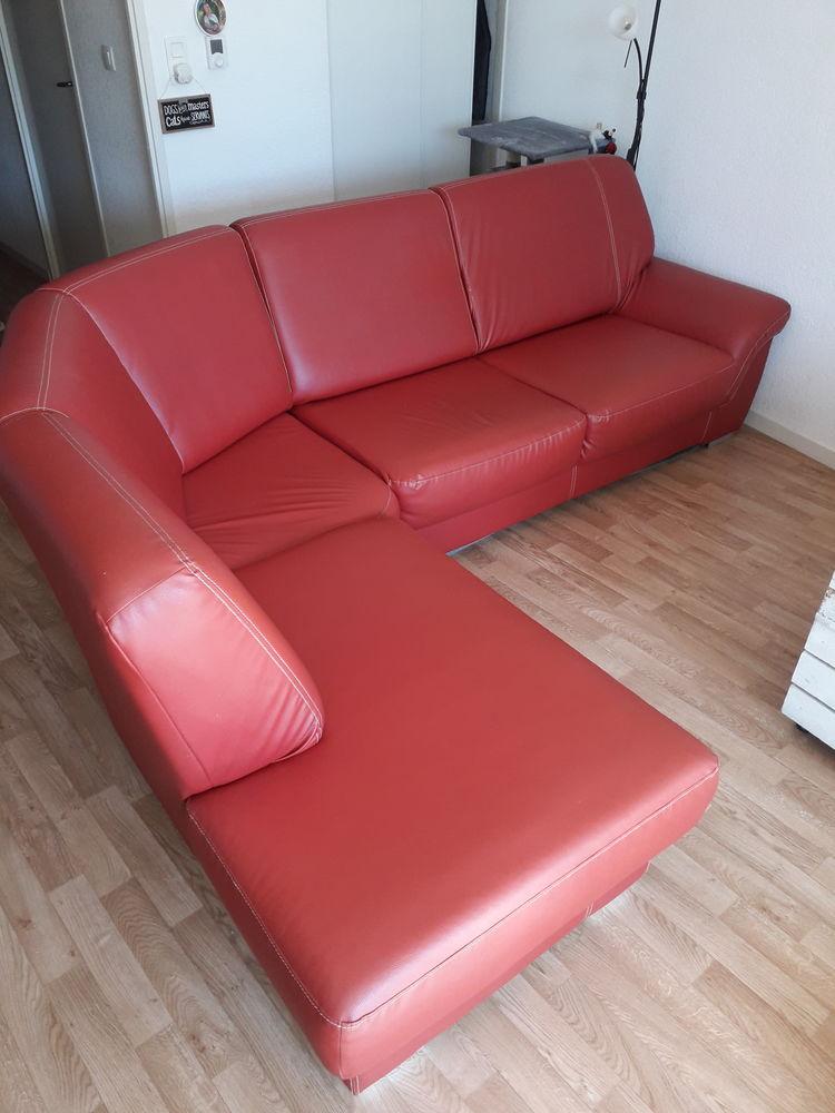 Canapé d'angle similicuir rouge 150 Miremont (31)