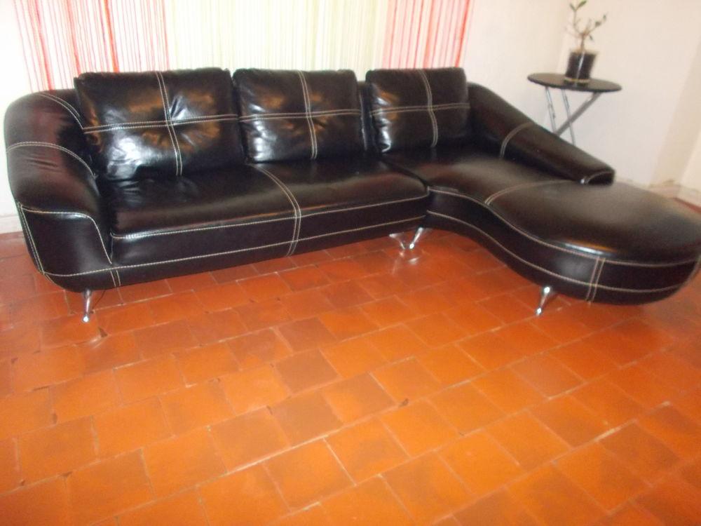 canap s occasion dans les landes 40 annonces achat et vente de canap s paruvendu. Black Bedroom Furniture Sets. Home Design Ideas