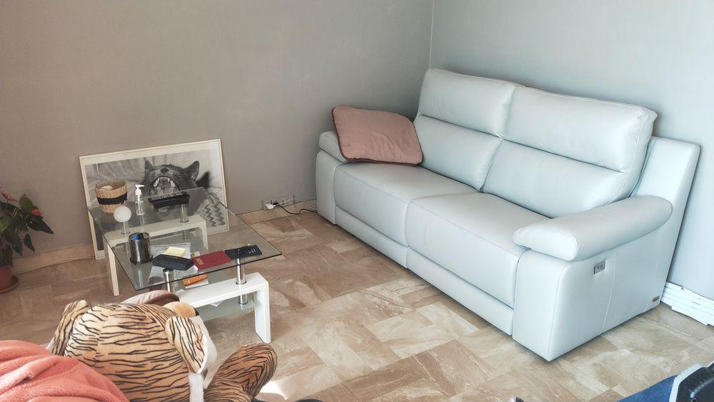 Canapé avec 2 relaxs électrique 3 places en cuir 1700 Nice (06)