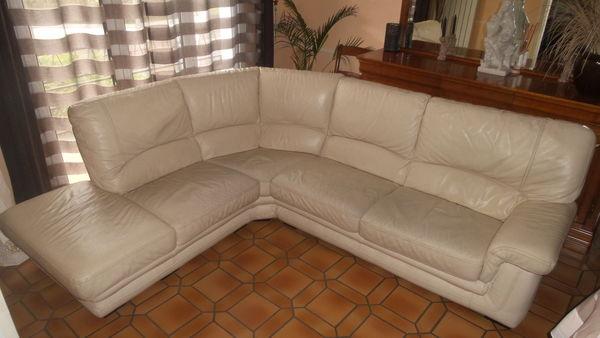 canap s blanc occasion en seine et marne 77 annonces achat et vente de canap s blanc. Black Bedroom Furniture Sets. Home Design Ideas