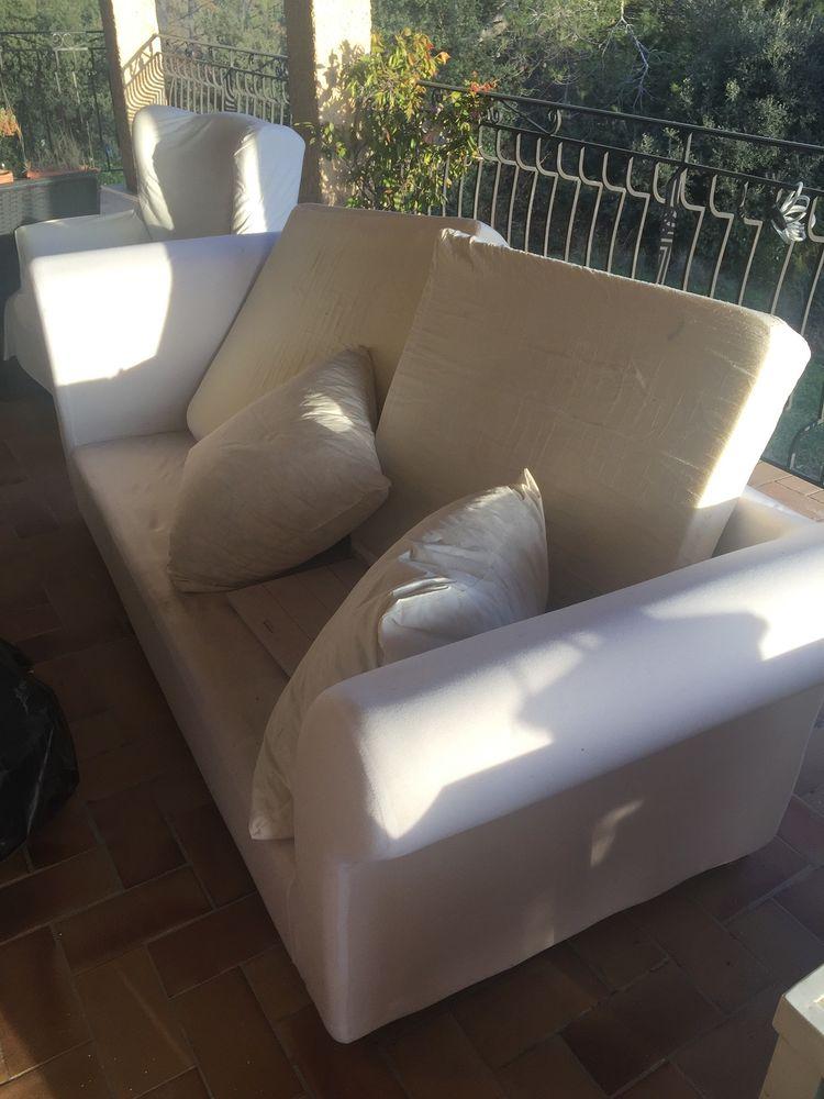canapé blanc  maison du monde  en trés bon état 0 Vaison-la-Romaine (84)