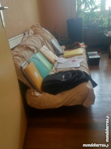 canap s lit futon occasion en rh ne alpes annonces achat et vente de canap s lit futon. Black Bedroom Furniture Sets. Home Design Ideas