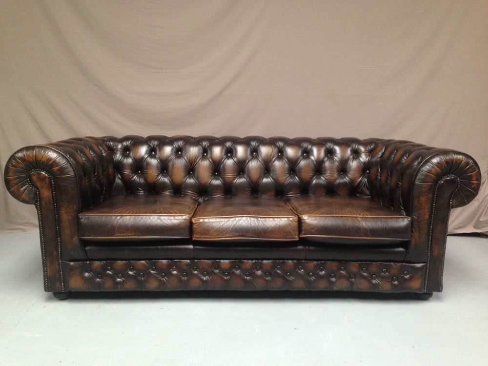 Canap s chesterfield occasion annonces achat et vente de for Canape chesterfield cuir occasion