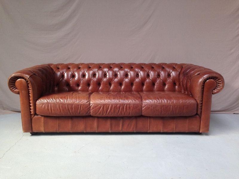 canap s chesterfield occasion annonces achat et vente de. Black Bedroom Furniture Sets. Home Design Ideas