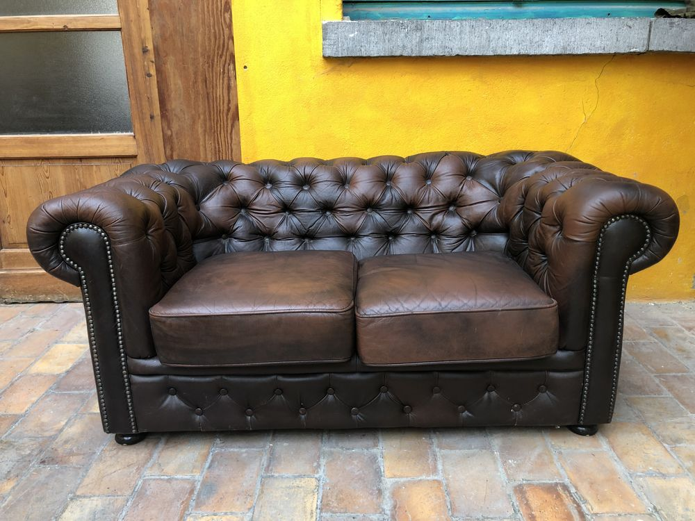 Canapé Chesterfield 2 places 600 Lille (59)