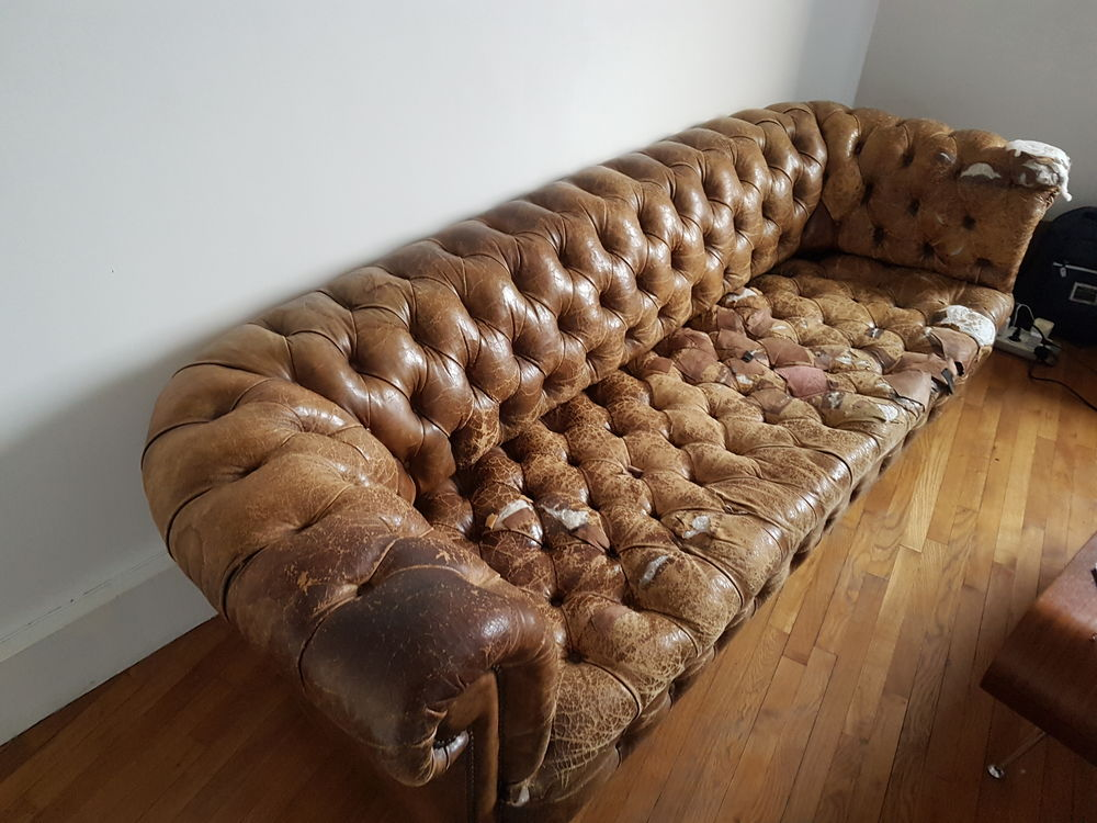 CANAPE CHESTERFIELD 0 Les Lilas (93)