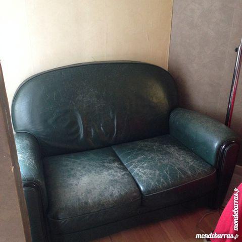 Achetez canap club vintage occasion annonce vente for Acheter salon complet