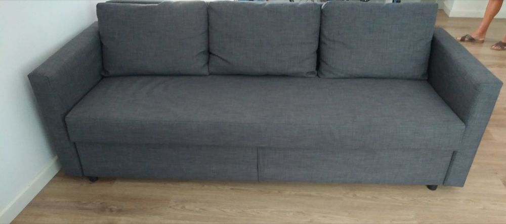 Canapé lit + coffre de rangement 350 Les Sorinières (44)