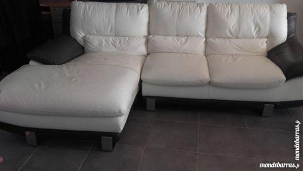 canap s blanc occasion grenade 31 annonces achat et vente de canap s blanc paruvendu. Black Bedroom Furniture Sets. Home Design Ideas