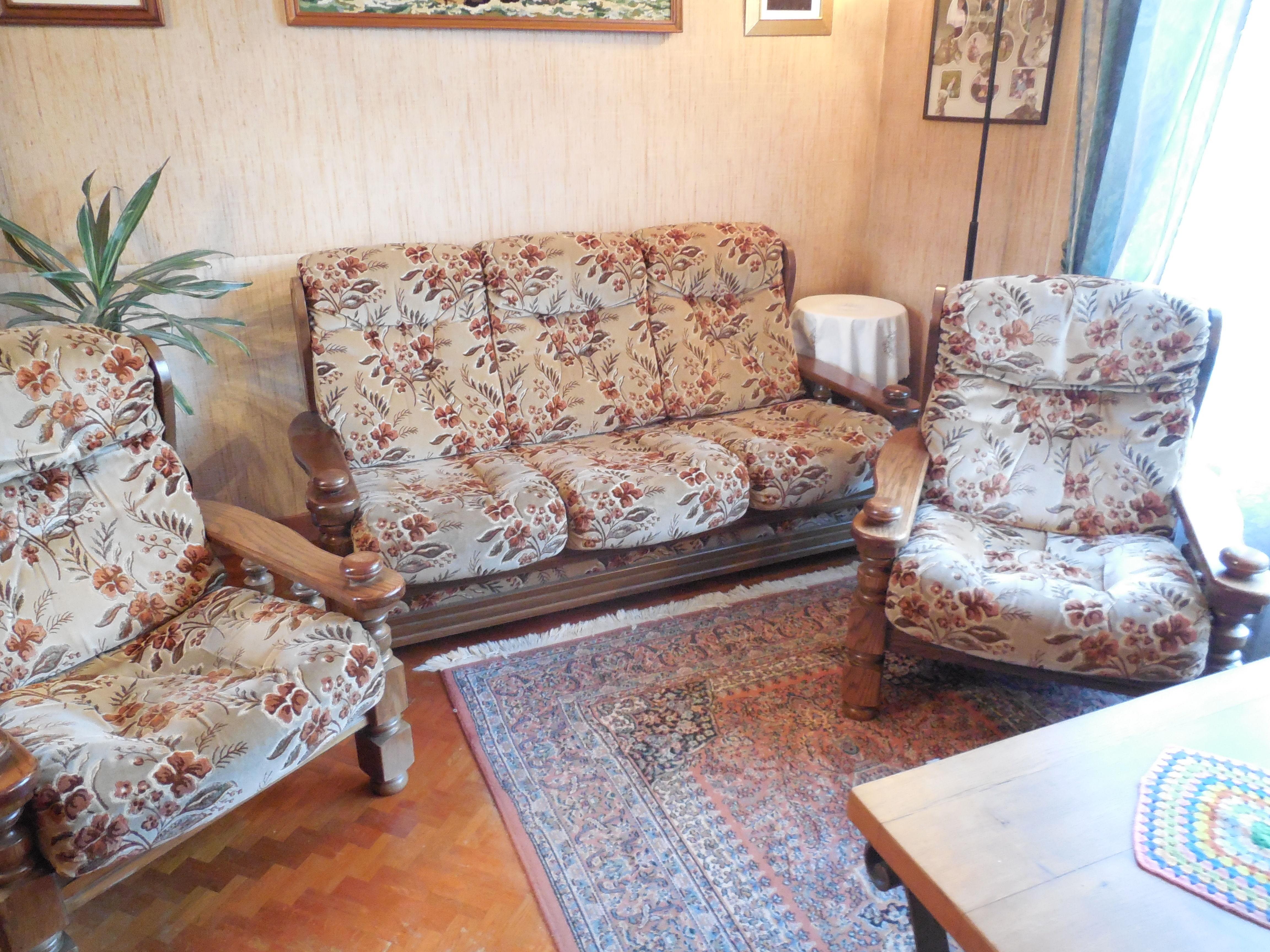 fauteuils velour occasion en seine saint denis 93 annonces achat et vente de fauteuils velour. Black Bedroom Furniture Sets. Home Design Ideas