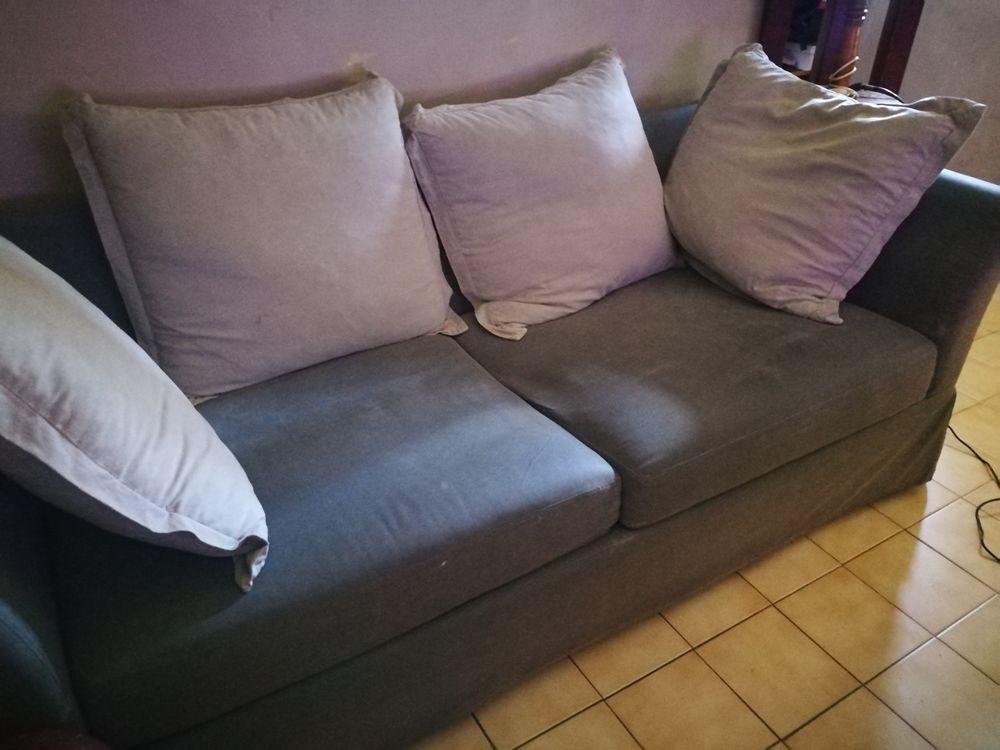 canap s occasion en ard che 07 annonces achat et vente de canap s paruvendu mondebarras. Black Bedroom Furniture Sets. Home Design Ideas