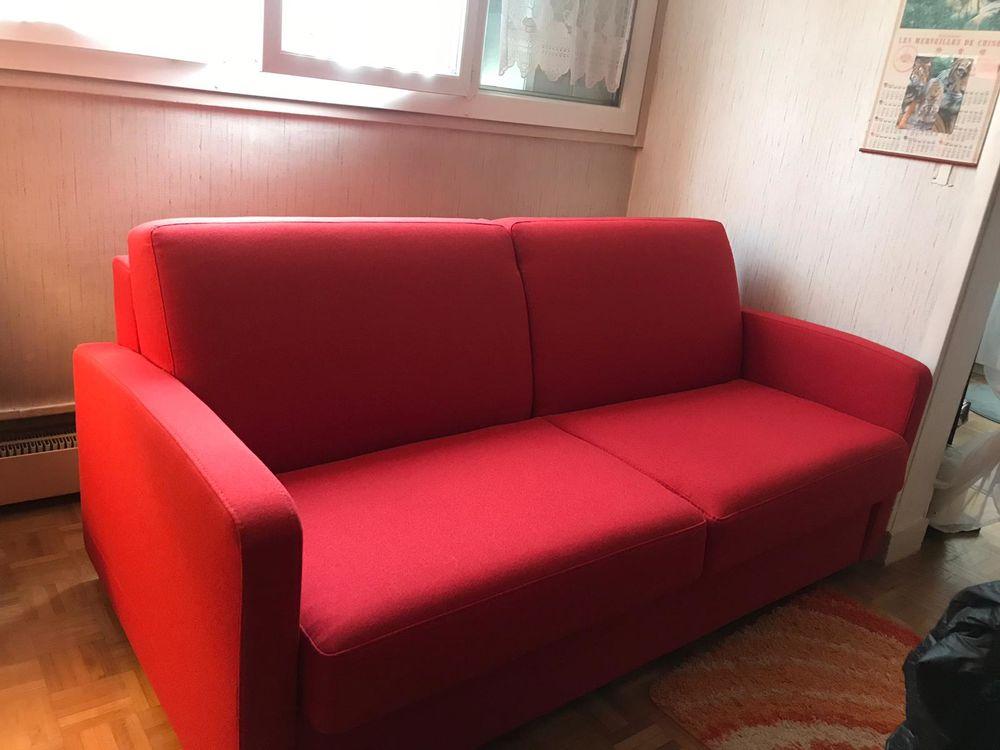 Canapé convertible rouge-rubis neuf 900 Verneuil-sur-Seine (78)