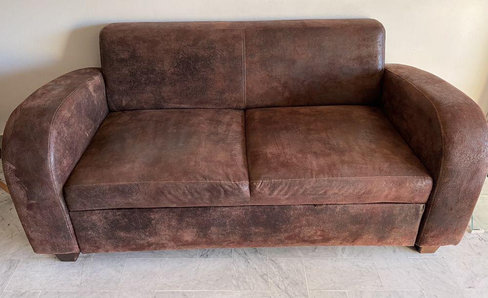 Canapé convertible simili cuir vieilli marron 125 Nice (06)